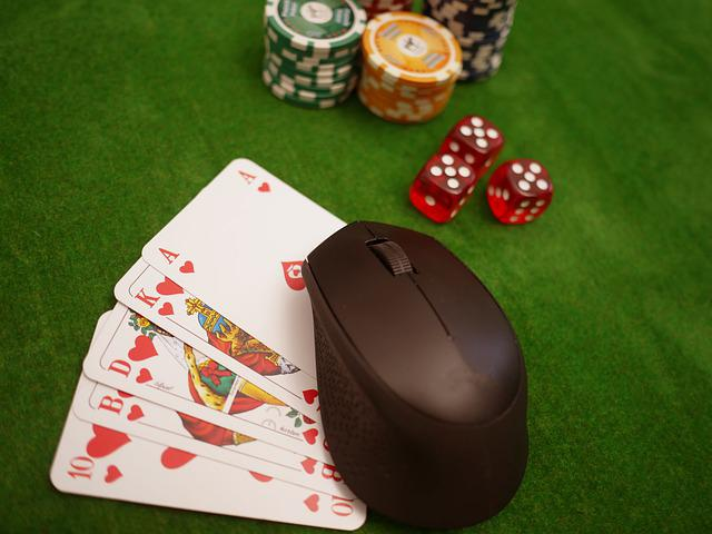 How to Play Domino QQ Poker Gambling to Win Continuously